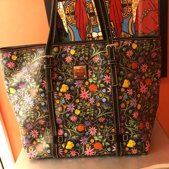 Dooney & Bourke Handbags - Dooney handbag
